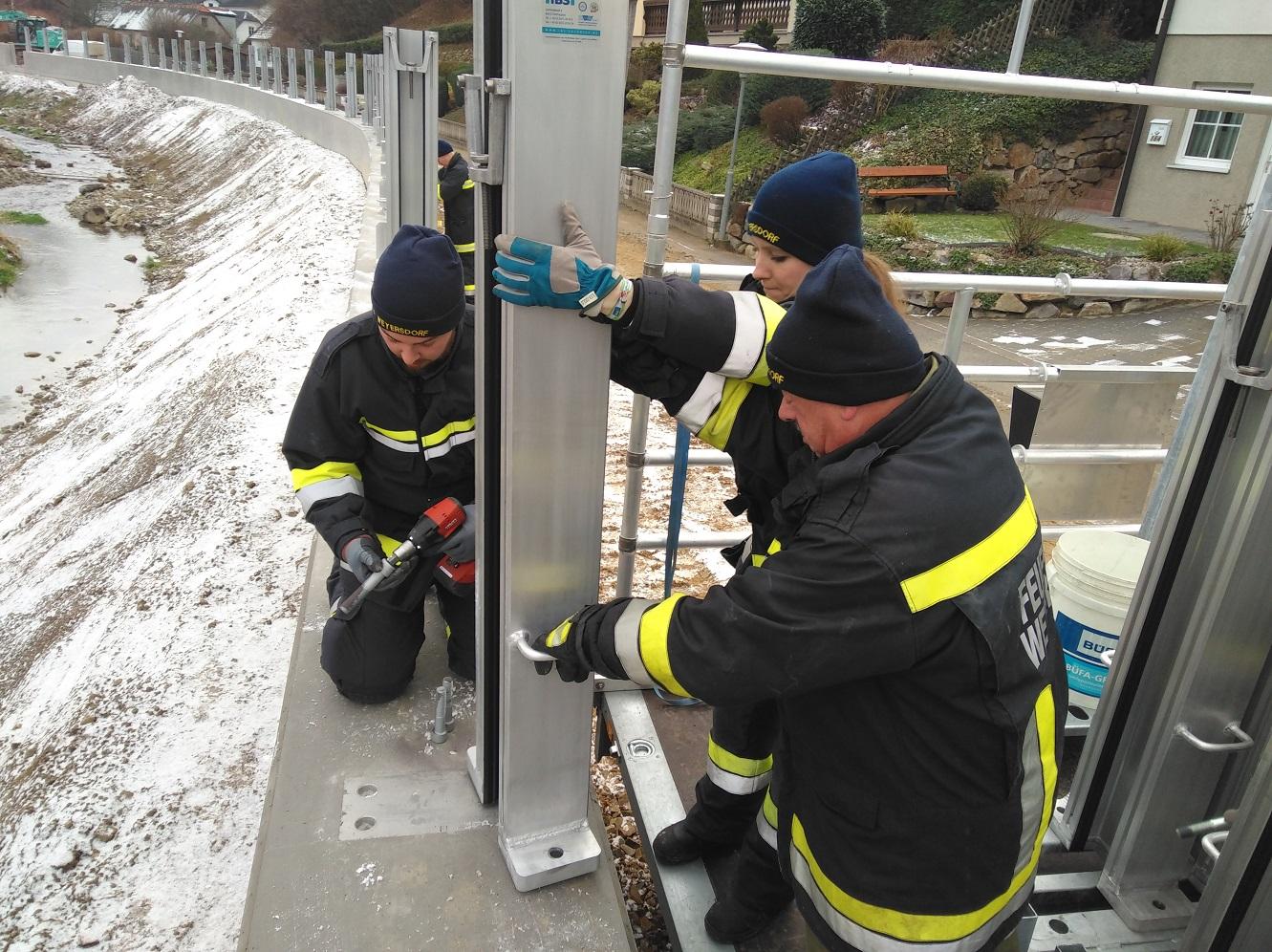 Aufbau neuer mobiler Hochwasserschutz in Aggsbach